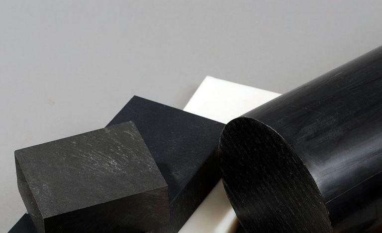 PA 66 GF 30 - polyamid 66 zesílený skleněným vláknem
